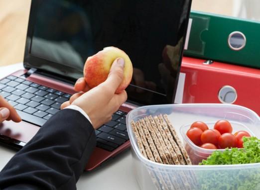 Перекус на работе: вкусный, полезный и бодрящий